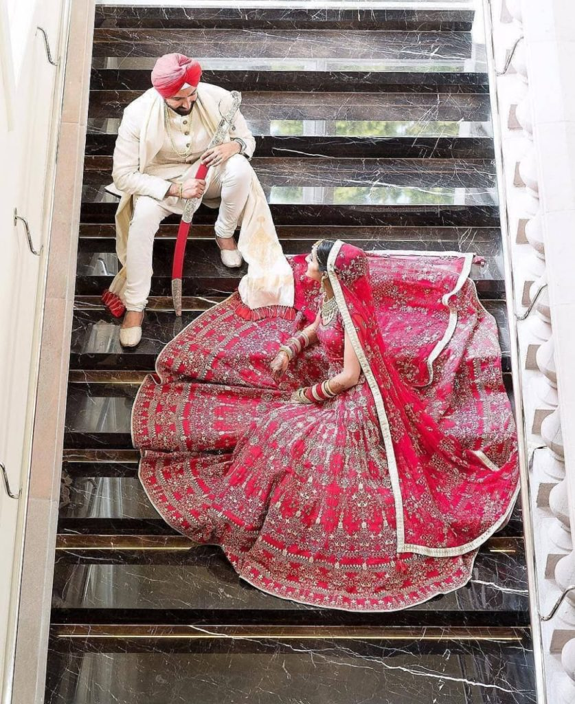 Weeding Poses For Couples